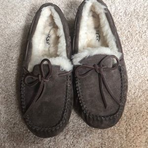 Ugg slippers woman's size 5